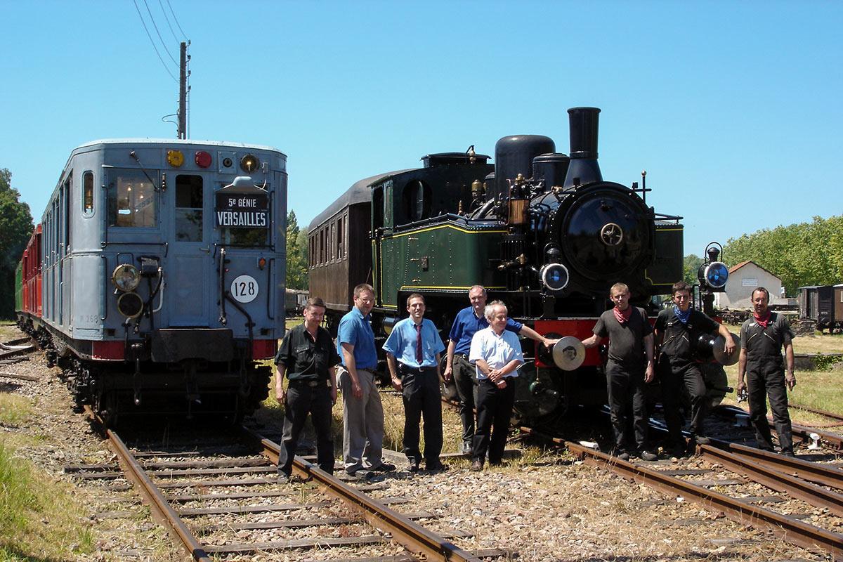 Sprague-Thomson et locomotive à vapeur à Versailles